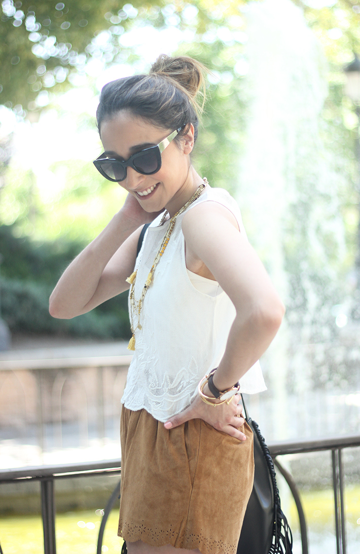 Suede Shorts White Top Summer Outfit15