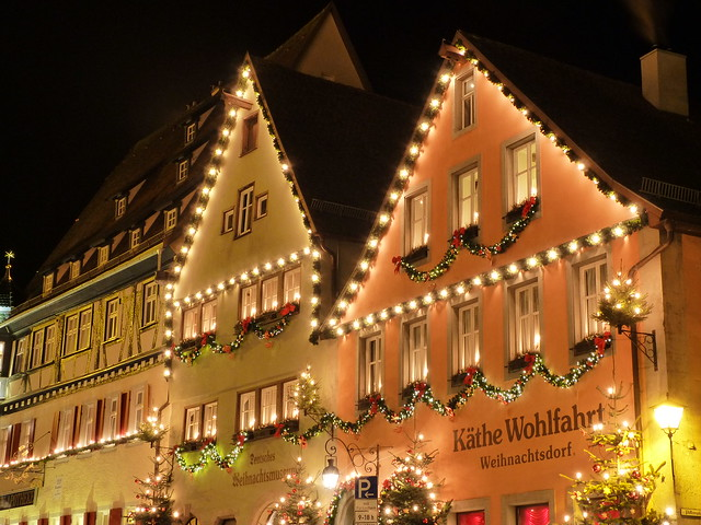 Casas de Rothenburg en Navidad (norte de Baviera, Alemania)