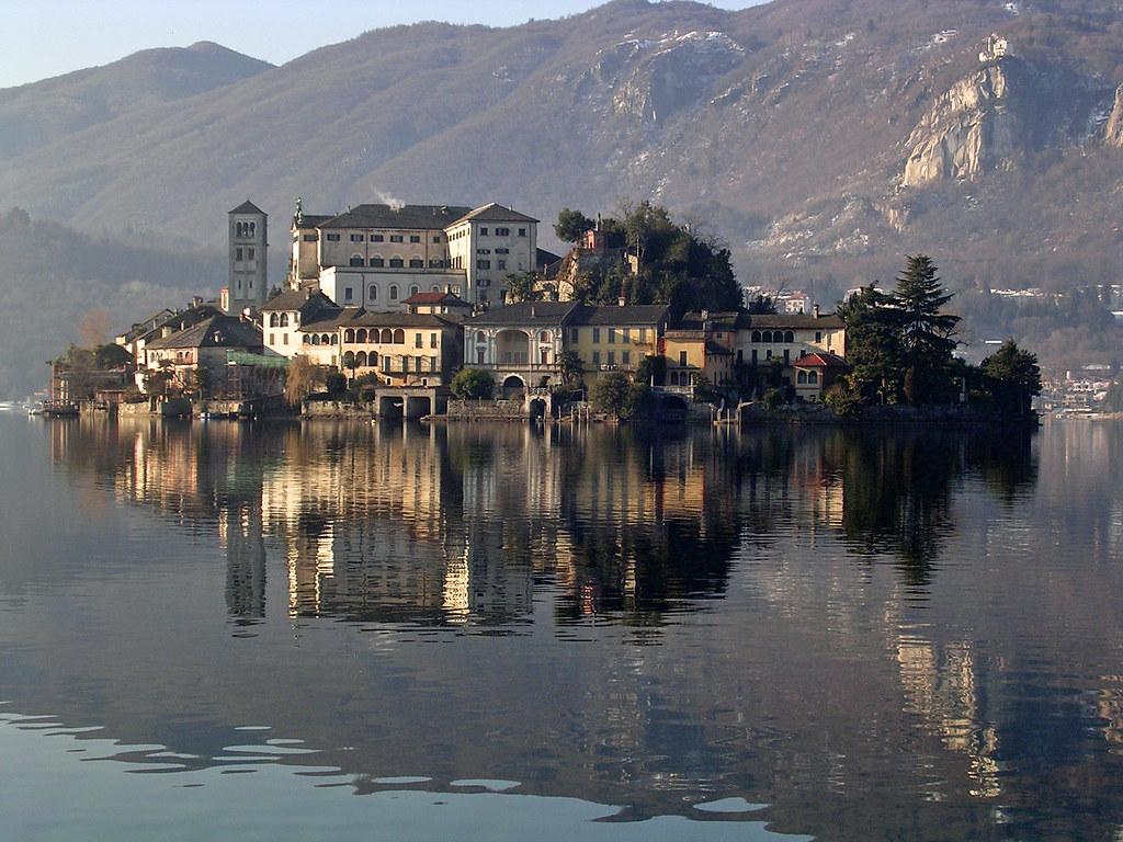 Italy Cities Near Alps
