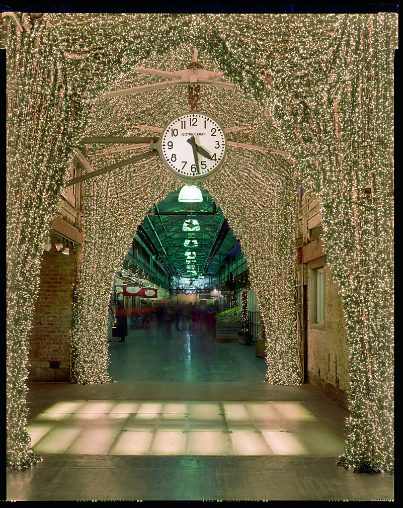 Brand new Chelsea Market arch | Jillions of Christmas lights decorate … | Flickr BG99