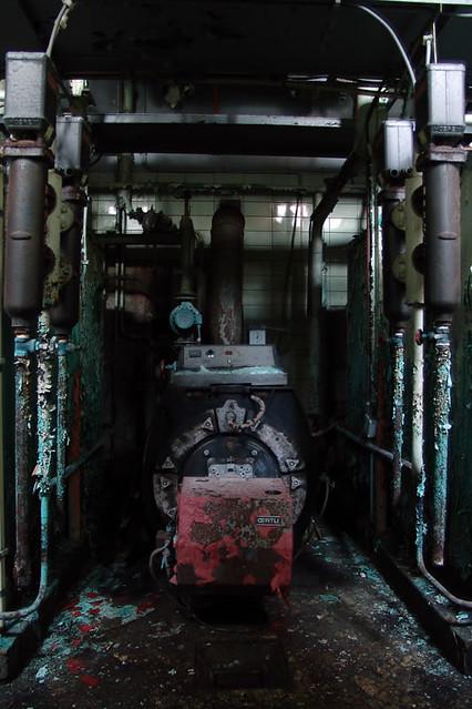 Between the boilers   Chateau Miranda aka \