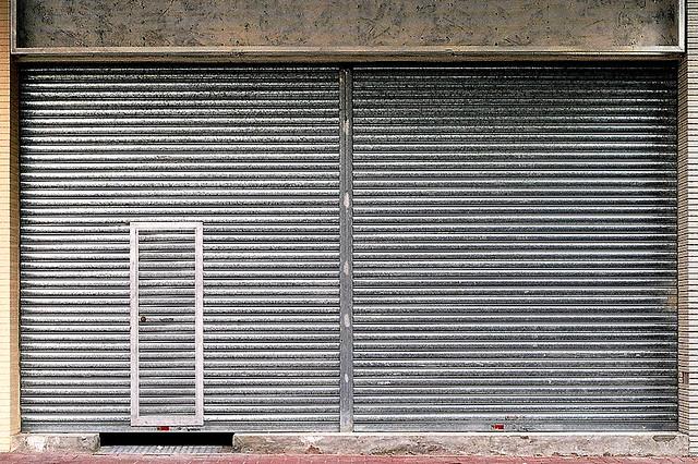 ... GMS shutter w/ wicket door \u0026 portable guide rail | by Chung Tai Roller Shutters & GMS shutter w/ wicket door \u0026 portable guide rail | Chung Tai Roller ...