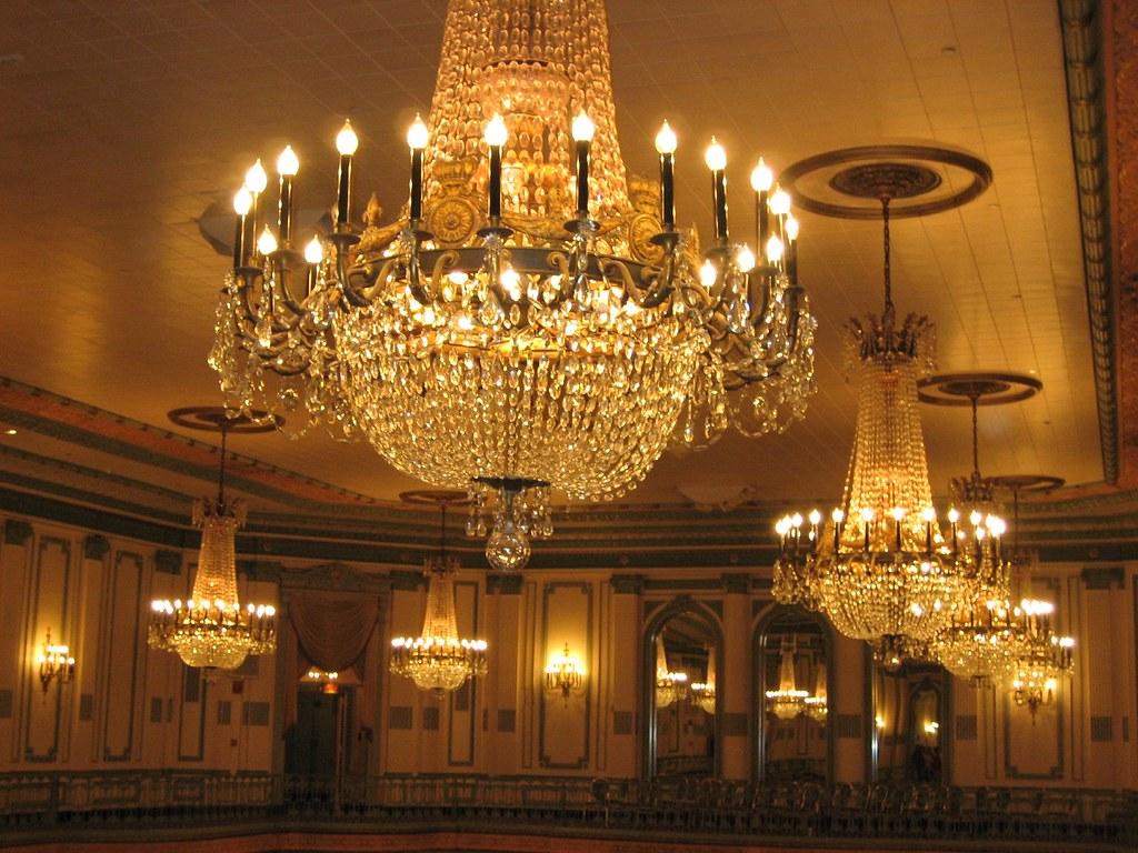 Fancy Lights In Dining Room