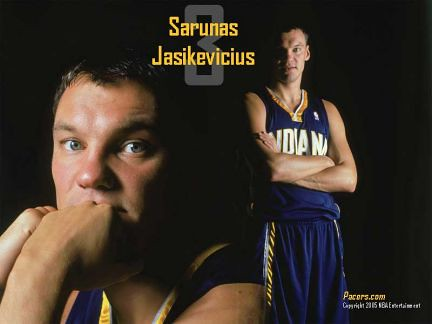Sarunas glamour shot | by basketbawful