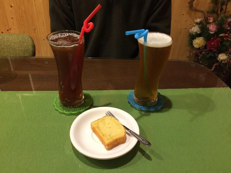 附餐紅茶、綠茶&棒蛋糕(檸檬)