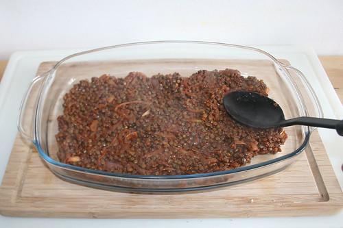41 - Linsen in Auflaufform geben / Put lentils in casserole