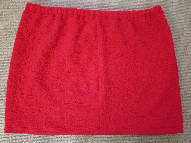 Red quilted knit skirt