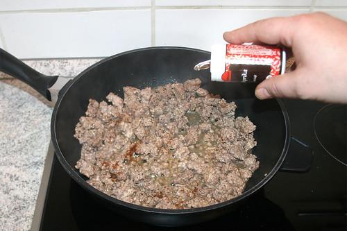 08 - Hackfleisch krümelig anbraten & würzen / Sear & season ground meat