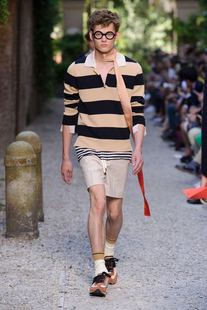 SS16 Milan Andrea Pompilio007_Christopher Paskowski(fashionising.com)