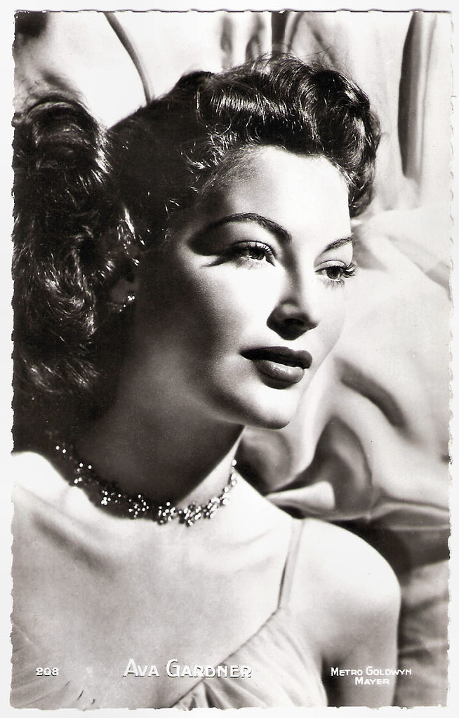 Ava Gardner | French postcard by Editions P.I., La Garenne-C… | Flickr