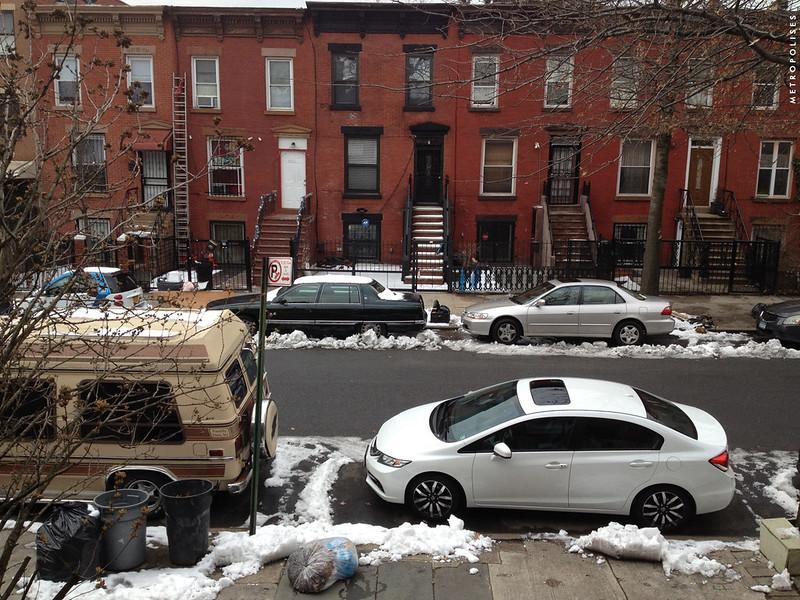 New York. Brooklyn. Hull Street