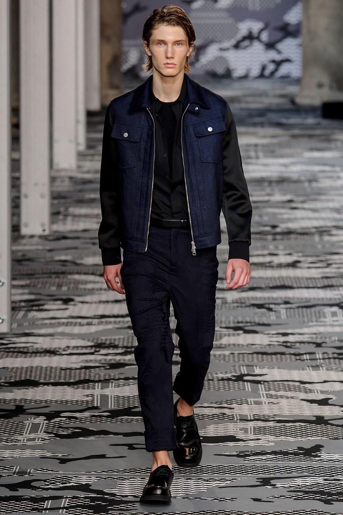 SS16 Milan Neil Barrett033_Johannes Spaas(fashionising.com)