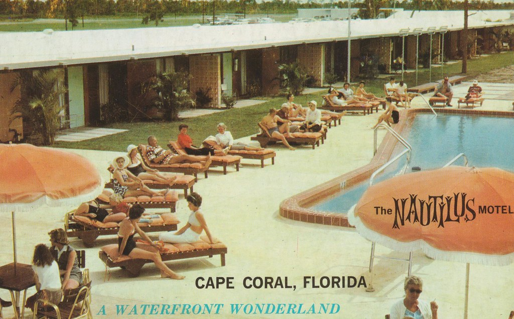The Nautilus Motel - Cape Coral, Florida