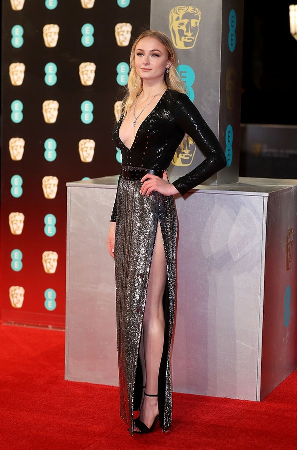 baftas-2017-red-carpet-fashion-sophie-turner