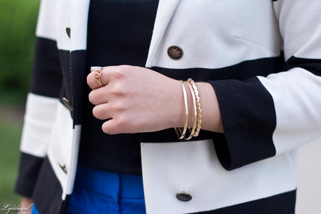 blue pants, striped blazer, black tee-5.jpg