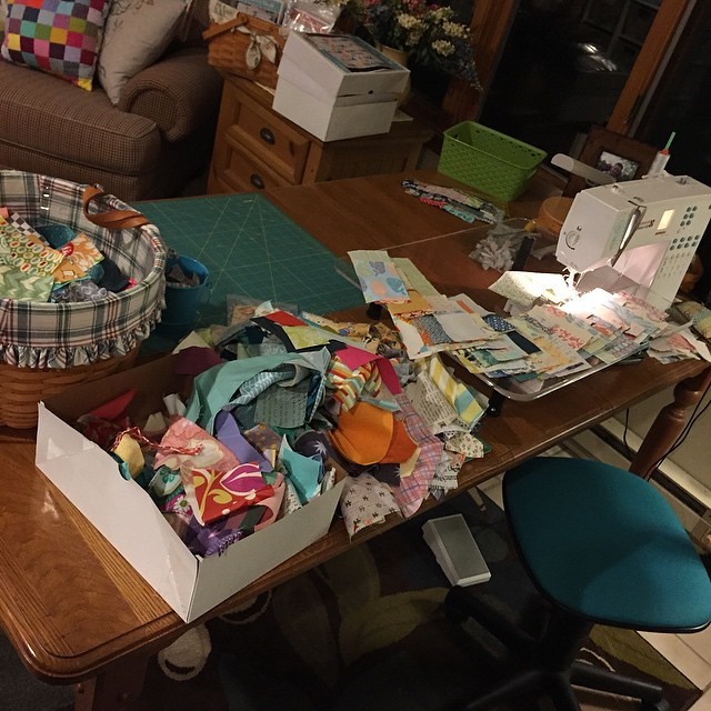 Operation #scrapvortexqal in full swing over here ☺️ I love scrappy quilts, but they always make such a mess while putting them together!! @crazymomquilts