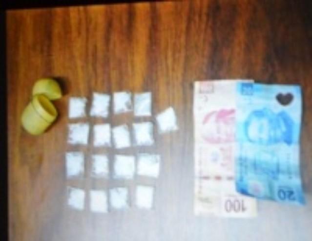 Presunto narcomenudista detenido con varias dosis de cristal