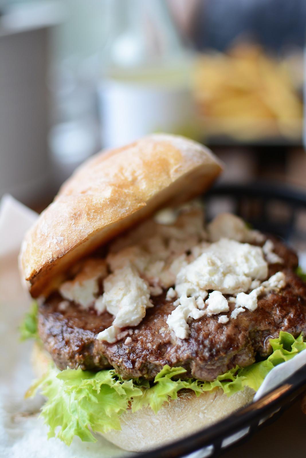 Omnom-Burger