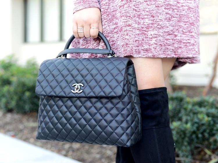 Curvy Girl Chic Plus Size Fashion Blog Kari Lyn Tunic Dress Chanel Coco Handle Large