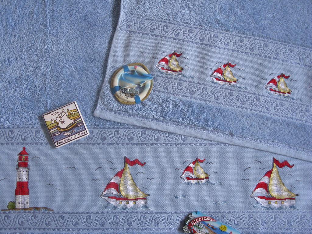 Uzzolo asciugamano ricamato a punto croce
