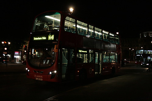 Arriva London DW453 on Route N41, Trafalgar Square