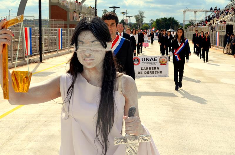 Desfile-14-de-mayo-2014-36