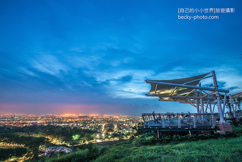 2015.Jun Night Photography @Taichung 鰲峰山觀景平台
