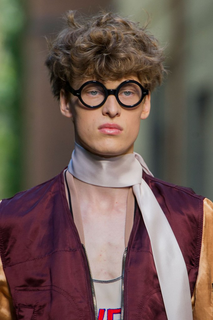 SS16 Milan Andrea Pompilio118_fashionising.com)