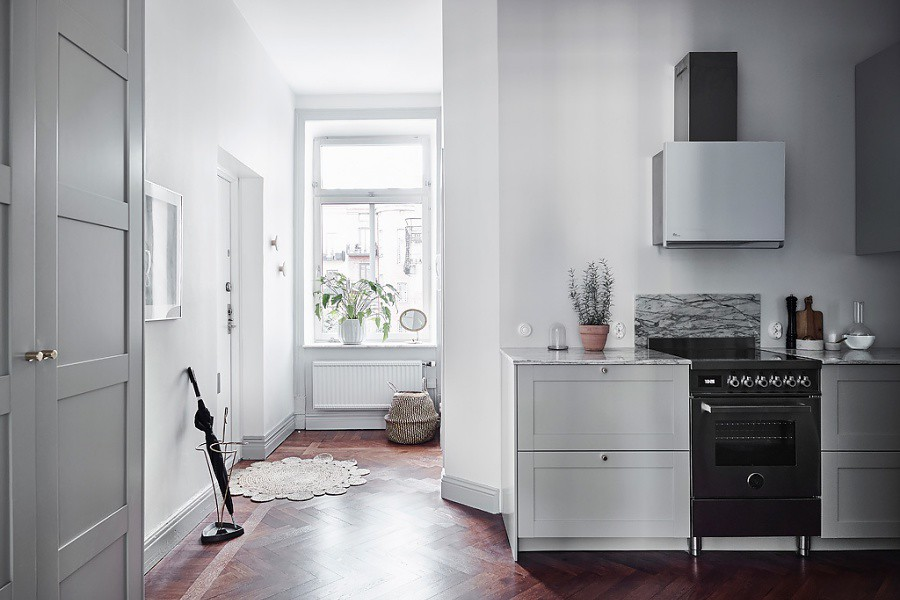 Scandinavain Home Meets Modern Glam