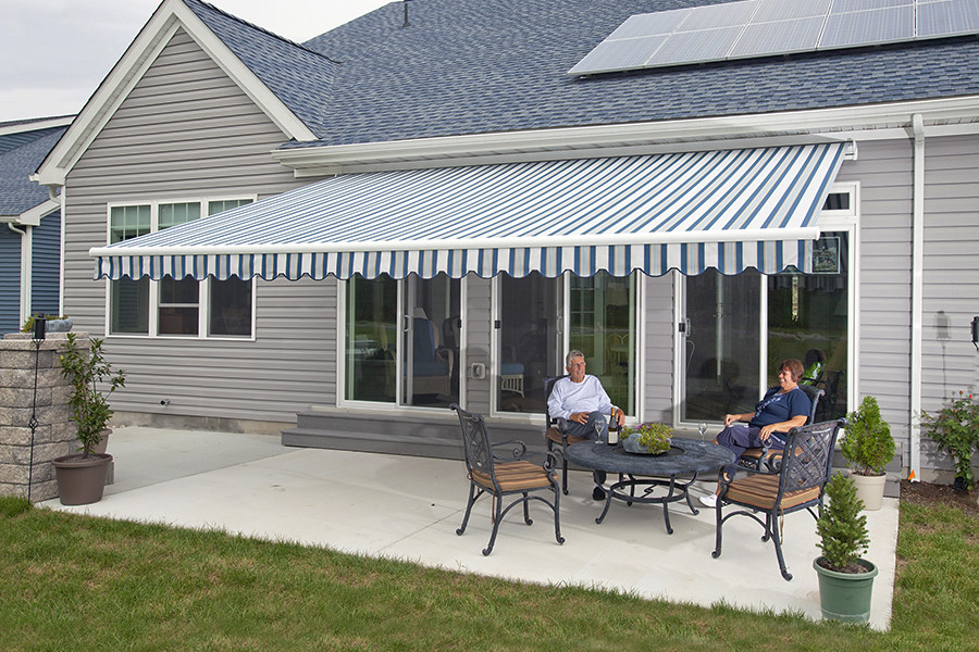 Motorized Retractable Electric Awnings Florida