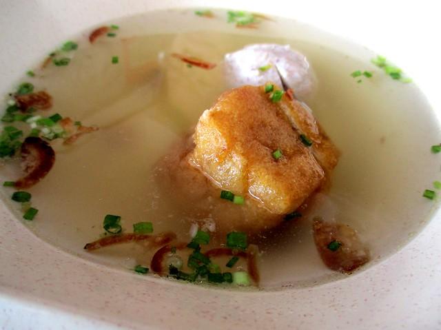 Tofu pok & meatball