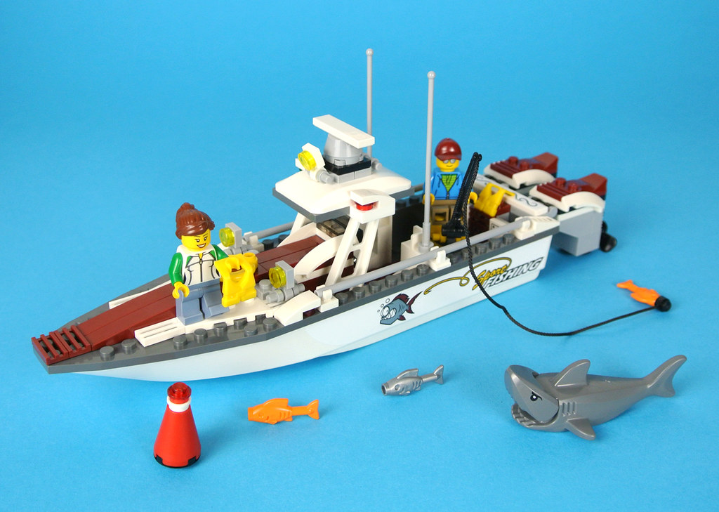 Review 60147 fishing boat brickset lego set guide and for Fishing lego set