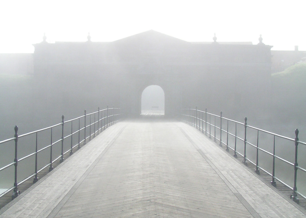 Mist Gate | The entrance to the castle Kronborg in Elsinore ...