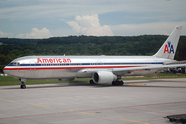 Silver Bird A Classic Livery On This American Airlines