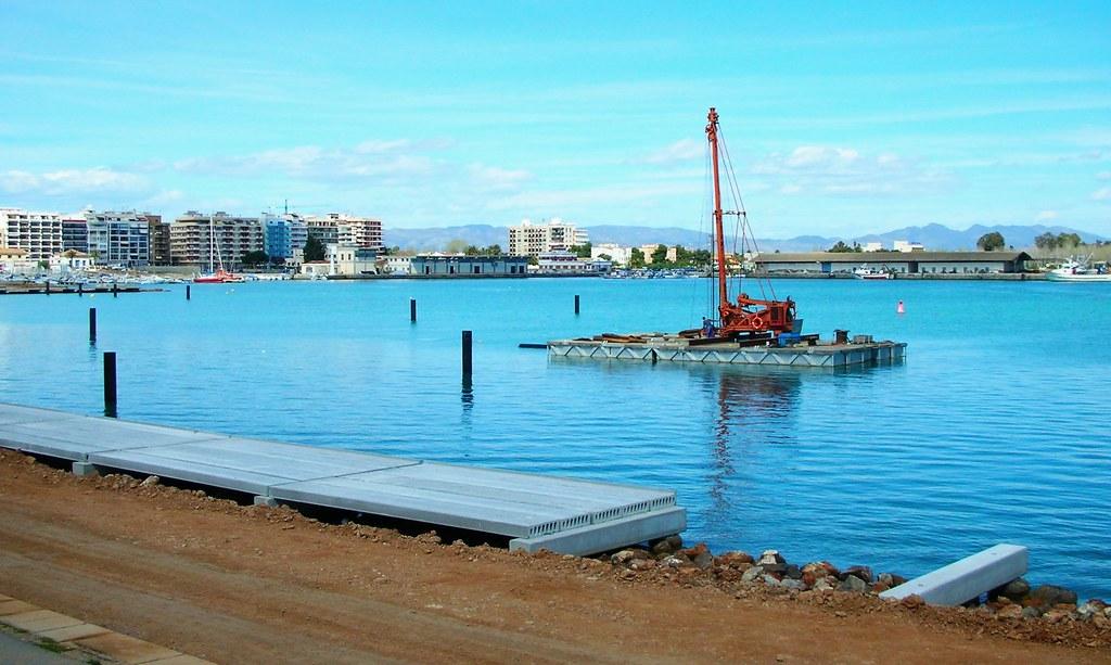 Plantando tubos best viewed large el el puerto de - Puerto burriana ...