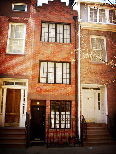 About >> Narrow house at 75 1/2 Bedford St., Greenwich Village | Flickr
