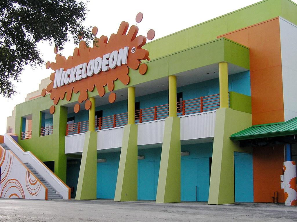 Nickelodeon studios universal studios paul annett for Paul s garden studios