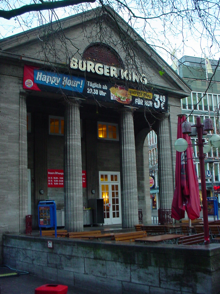 hamburger burger king the burger king in hamburg looks mor flickr. Black Bedroom Furniture Sets. Home Design Ideas