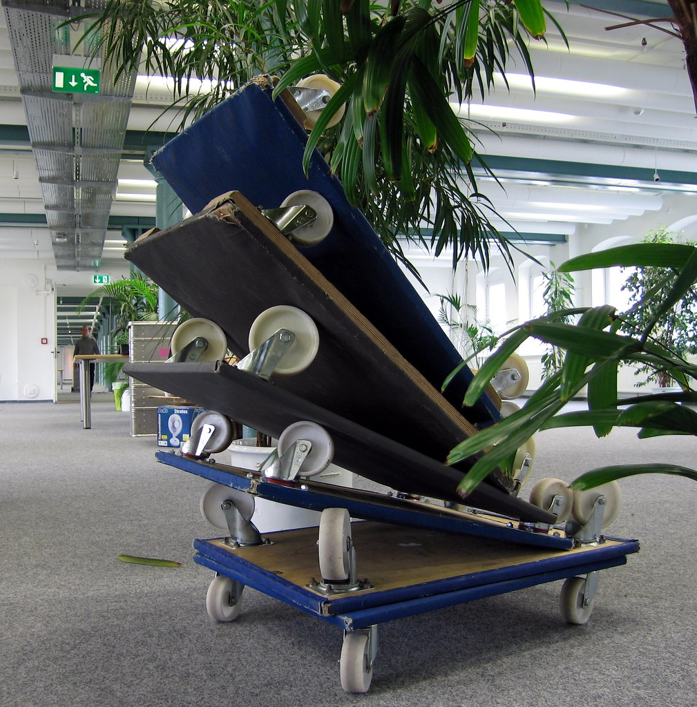 rolli 1und1 umzug b ro m belpacker removal office f flickr. Black Bedroom Furniture Sets. Home Design Ideas