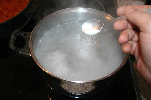 30 - Wasser salzen / Salt water