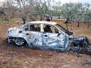 Rutigliano- Auto rubate e poi incendiate, o incidentate- BMW Incendiata UNO rubata