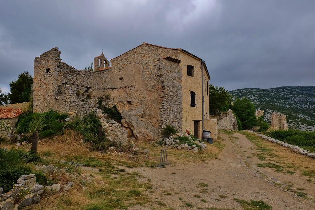 Perillos le village abandonn thierry llansades flickr - Achat village abandonne ...