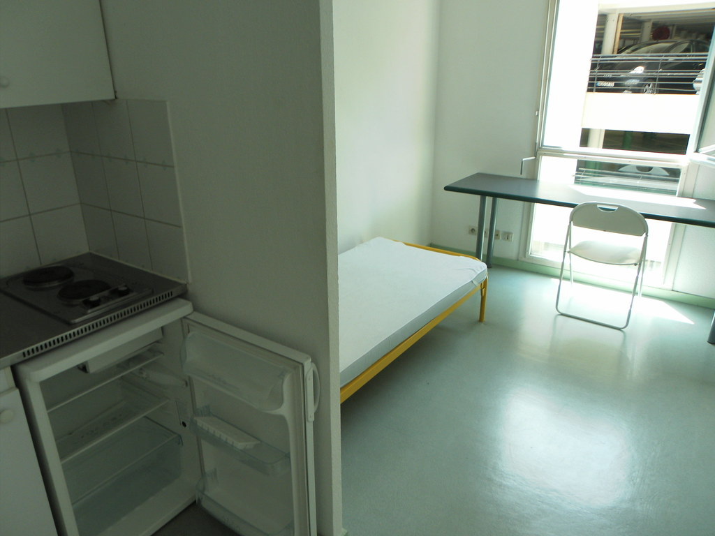 R sidence universitaire crous la bo tie bordeaux chamb for Appartement universitaire bordeaux