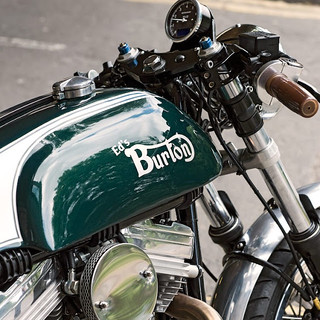dan-london-do-moto-cafe-racer-burton-xac-anh-hon-my-hinh-2%5B1%5D