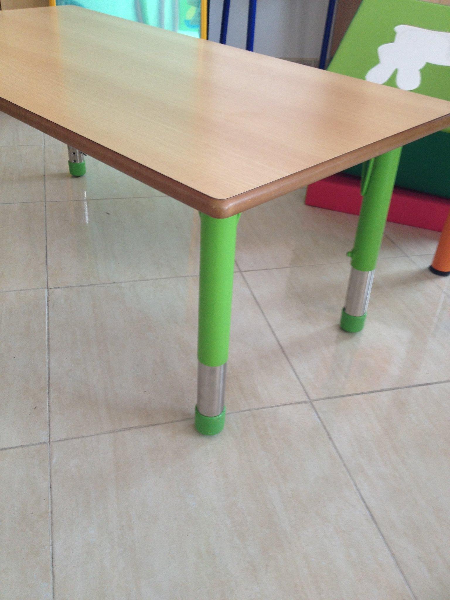 Mobiliario guarderia mobiliario escolar flickr for Mobiliario 2 mao