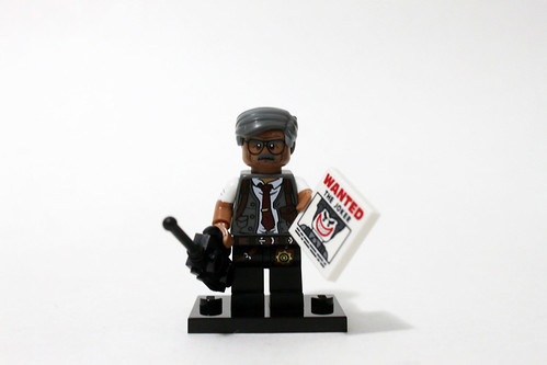 The LEGO Batman Movie Collectible Minifigures (71017) - Commissioner Gordon