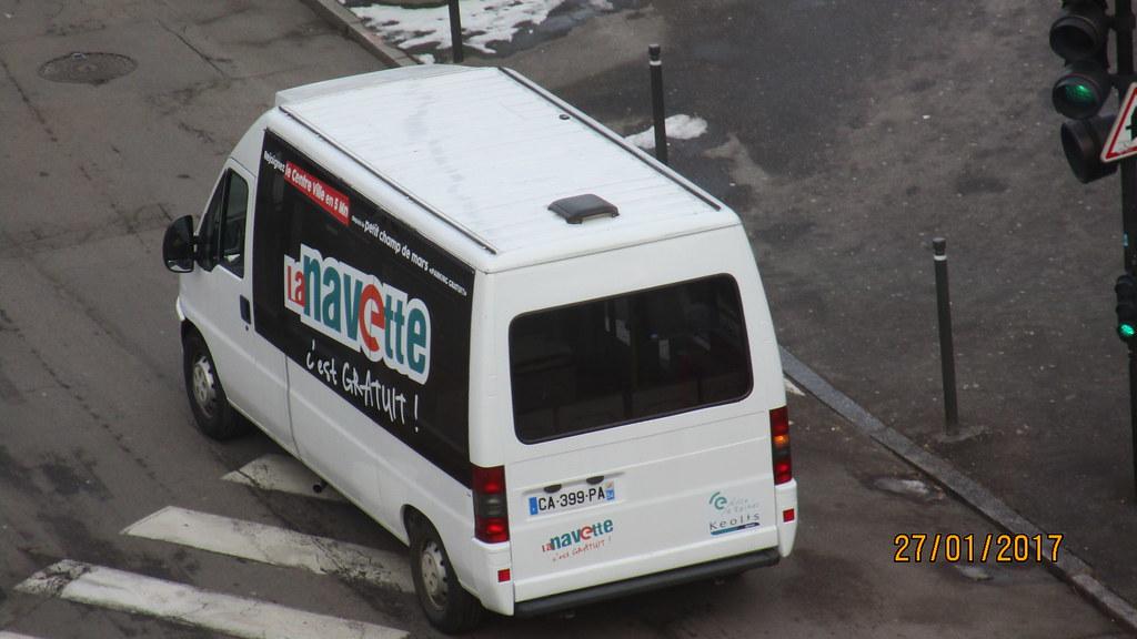 Navette électrique Bluebus - Page 2 32429826051_a196460ec8_b