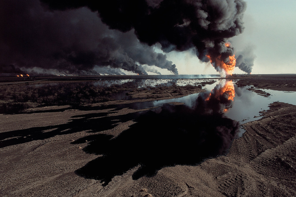 Resultado de imagem para images of ENVIRONMENTAL DAMAGE OF WAR