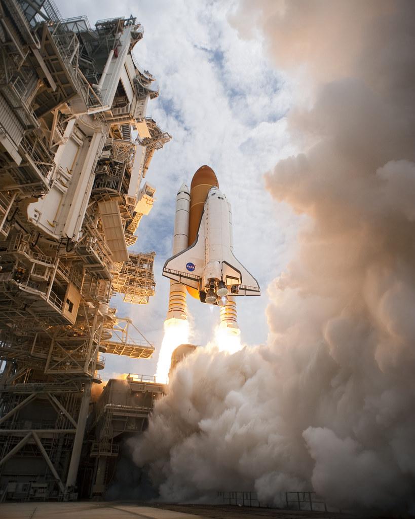 launch of space shuttle atlantis - photo #18