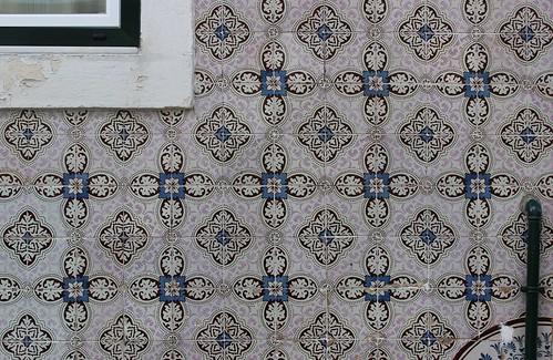 color consistency in ceramic tile